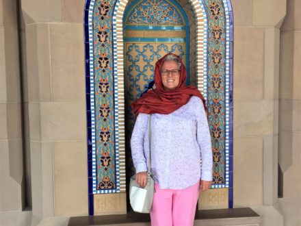 Frau unterwegs in Oman